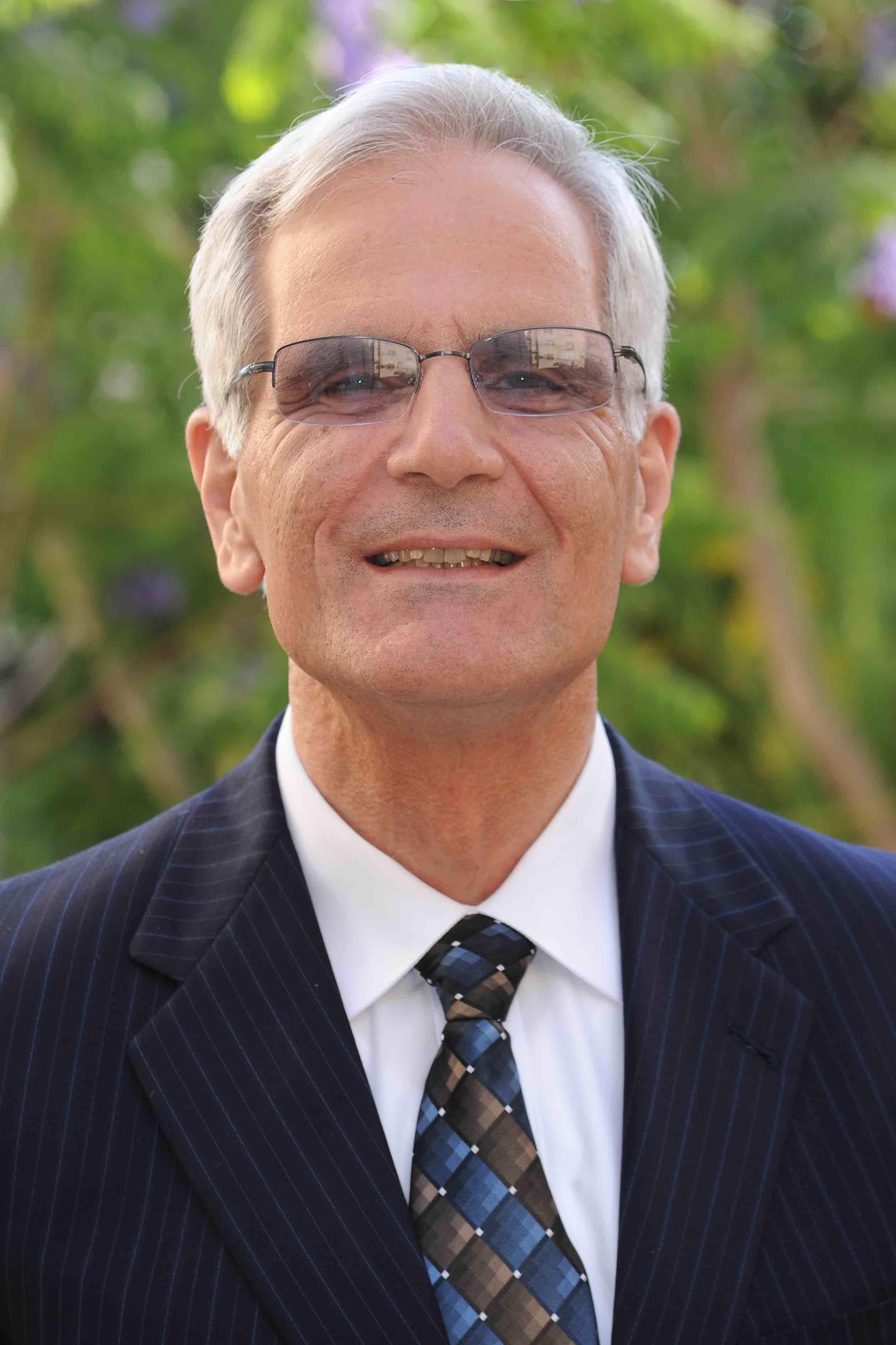 Dr. Imad Shehadeh