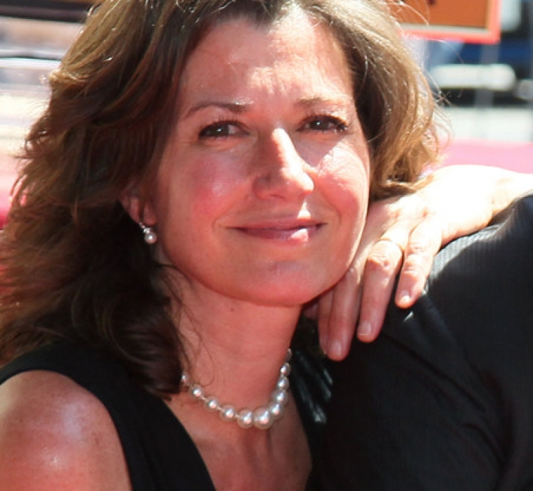 Recording artist Amy Grant attends husband Vince Gill being honored with a Star on the Hollywood Walk of Fame on September 6, 2012 in Hollywood, California
