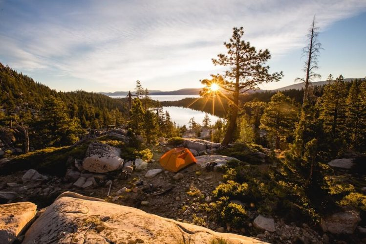 Knowing which public lands allow free camping makes finding a free campsite a heck of a lot easier. (Image- Teddy Kelly, Unsplash)