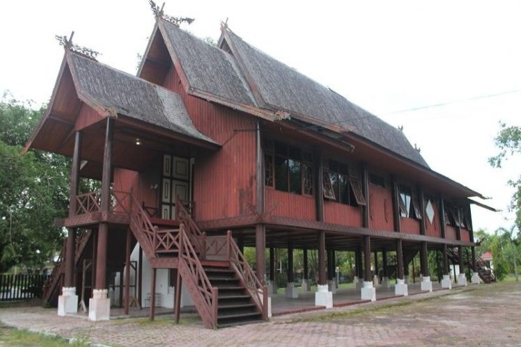 Traditional House Betang (Image: Pinterest)