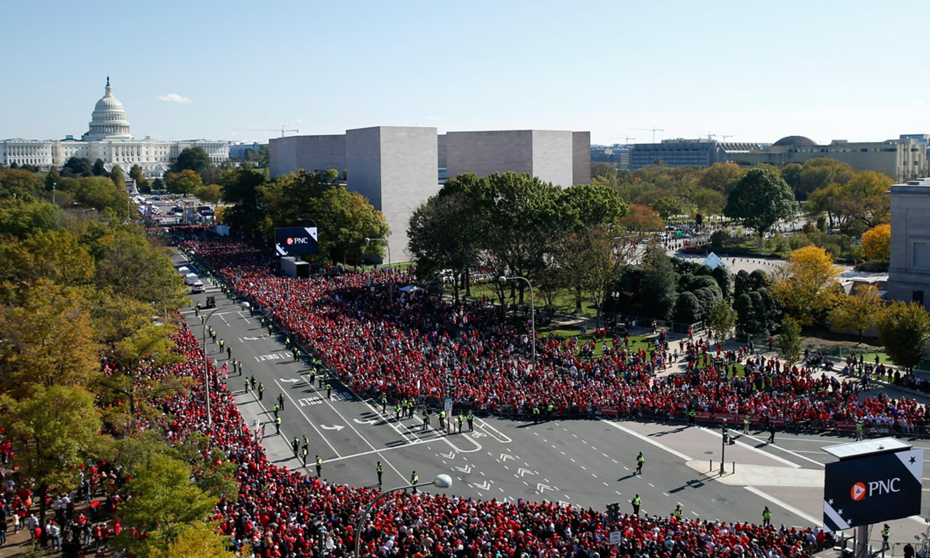 Thousands of Washington Nationals fans turn out for World Series victory parade.