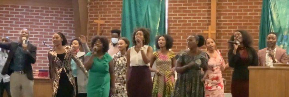 ECWA Kentucky 2 Evangelical Choir - Umwenda Wari Ukingiye Ahera (Live) ft Tumaini Byinshi, Gisele Mitume, Esther Uwineza